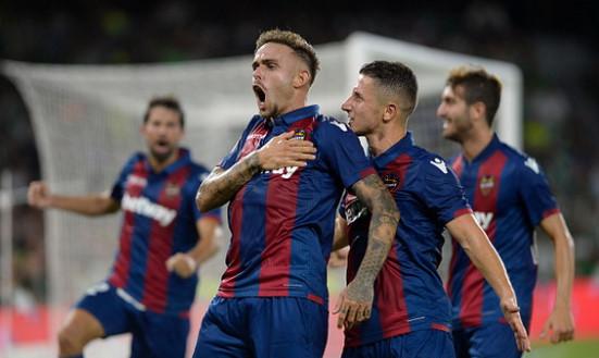 ฟุตบอลลาลีก้า สเปน2020/2021 วันอังคาร ที่ 19 มกราคม 2564 เวลา 01:00 คาดิซ พบ เลบานเต้