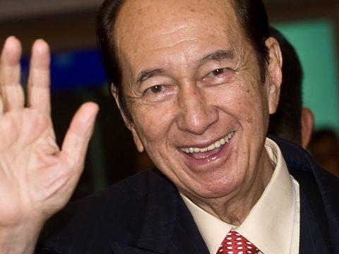 Stanley Ho (สแตนลีย์ โฮ) คนดังวงการคาสิโน ระดับเอเชีย ที่นักเสี่ยงดวงต้องรู้จัก
