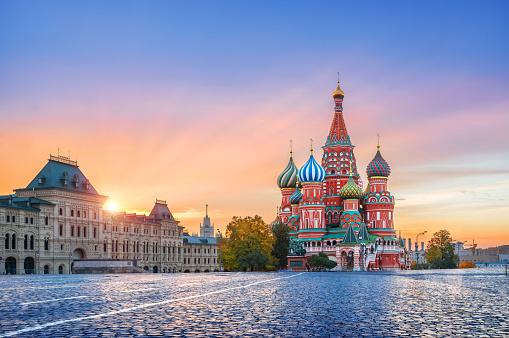การพนันในรัสเซีย ยังก้ำกึ่งในการควบคุมการดูแลการจัดการการพนันและคาสิโนอยู่
