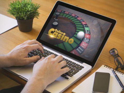 เล่นคาสิโนออนไลน์แบบนักลงทุน เพื่อสร้างรายได้